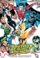 JUSTICE LEAGUE OF AMERICA: TEAM HISTORY TP