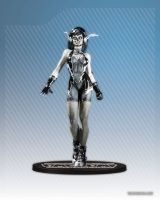 AME-COMI BLACK FLASH PVC FIGURE