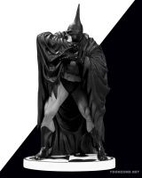 BATMAN BLACK AND WHITE BATMAN STATUE BY KELLEY JONES (NEW EDITION)