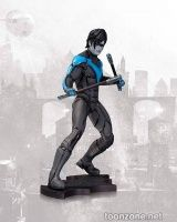 BATMAN: ARKHAM CITY NIGHTWING STATUE