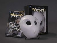 BATMAN: THE COURT OF OWLS BOOK AND MASK SET