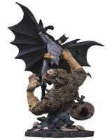 BATMAN VS. KILLER CROC STATUE (SECOND EDITION)