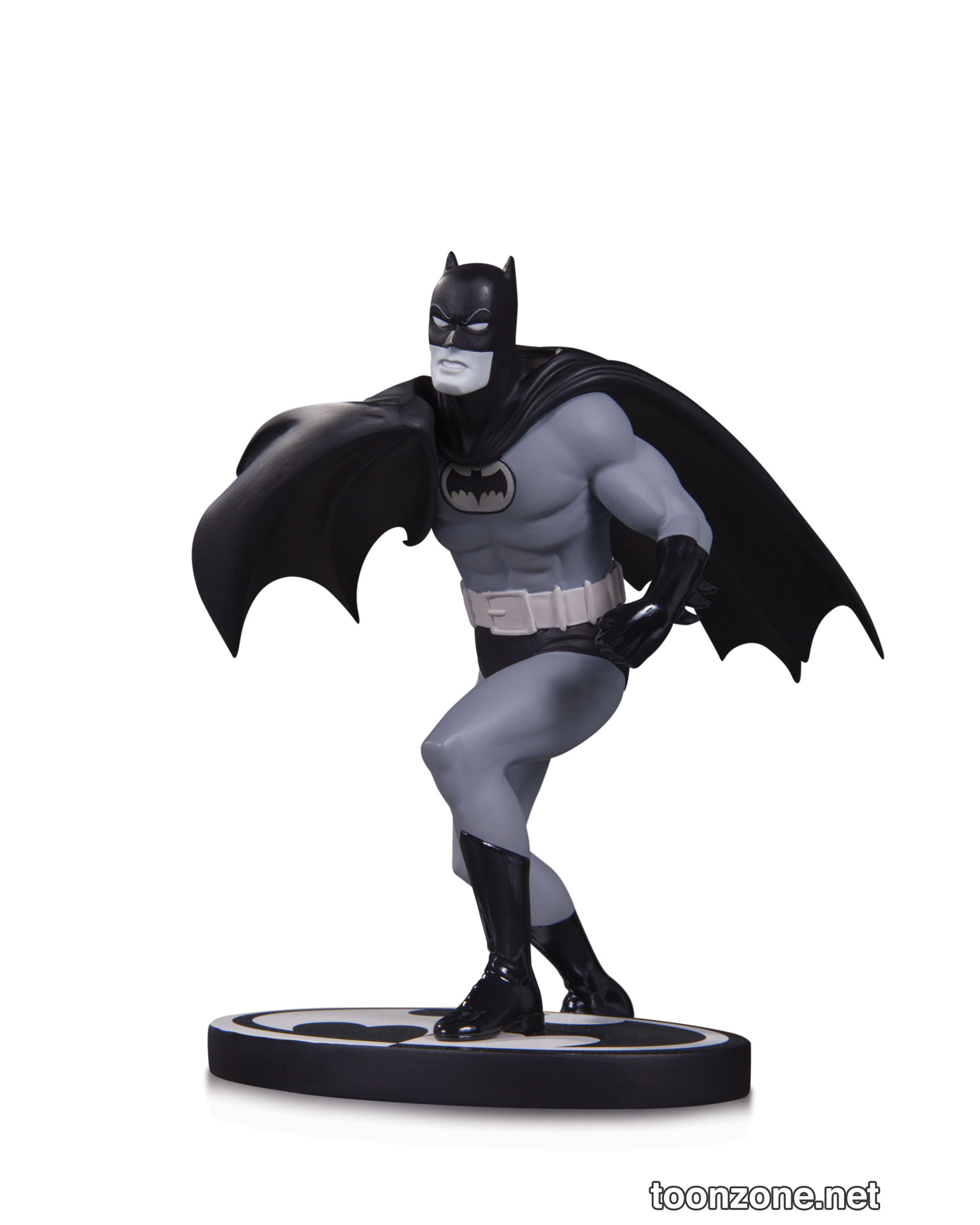 BATMAN BLACK & WHITE BATMAN BY CARMINE INFANTINO STATUE