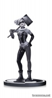 BATMAN BLACK & WHITE HARLEY QUINN BY LEE BERMEJO STATUE
