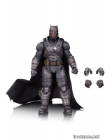 DC FILMS PREMIUM ACTION FIGURES: ARMORED BATMAN