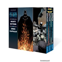 BATMAN BY SCOTT SNYDER AND GREG CAPULLO BOX SET