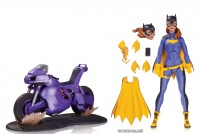 BATGIRL OF BURNSIDE DELUXE ACTION FIGURE