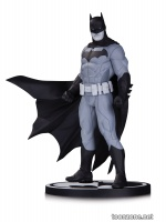 BATMAN BLACK AND WHITE BY JASON FABOK STATUE