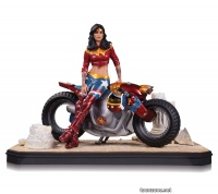 GOTHAM CITY GARAGE: WONDER WOMAN STATUE (Resolicit)