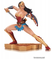 WONDER WOMAN: THE ART OF WAR JOSE LUIS GARCIA-LOPEZ STATUE
