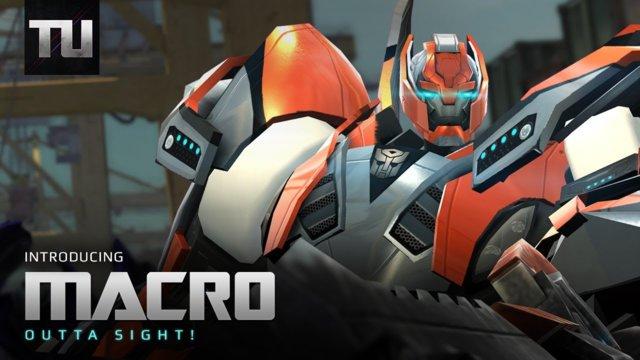 Autobot Macro - Transformers Universe