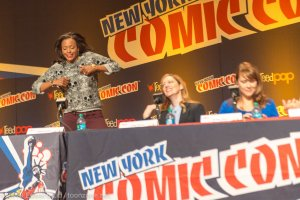 NYCC 2013 Archer Panel No I don't remember what Aisha Tyler is doing