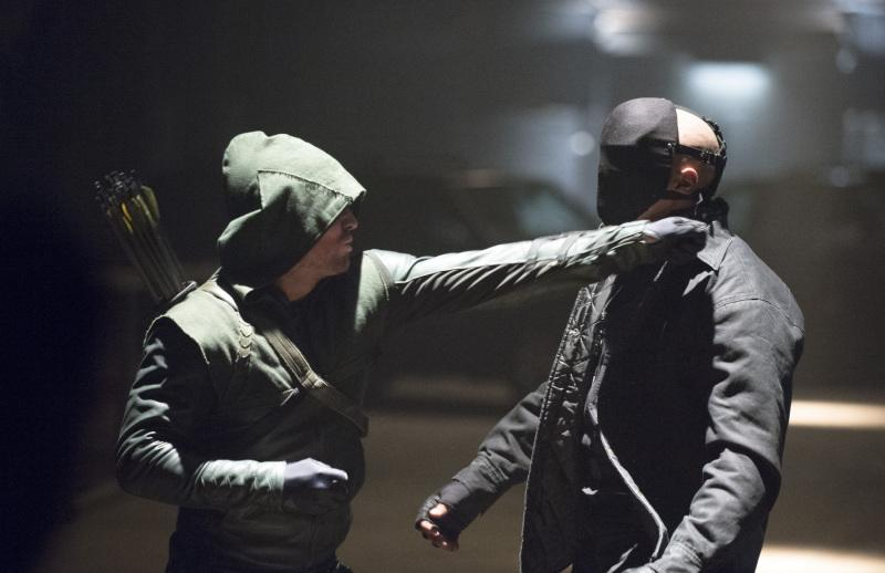 Meanwhile, Arrow gets to be beaten up twice by the massively superhuman Centrifuge Thief.