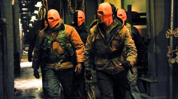 Slade Wilson's mirakuru mutant army is on the move.