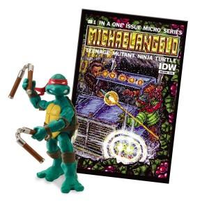 Teenage Mutant Ninja Turtles Comic Book with Michelangelo Action Figure