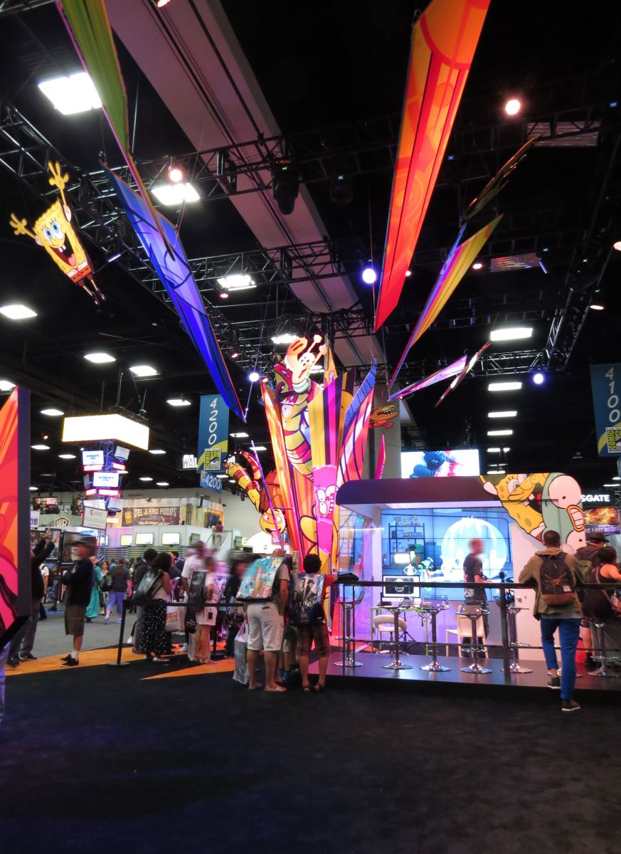 sdcc2015-07-08-nickelodeon-booth-01