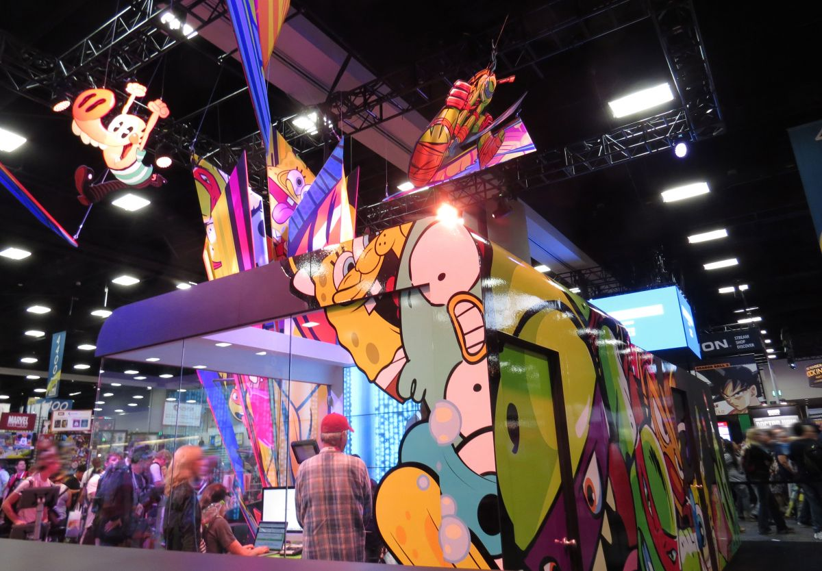 sdcc2015-07-08-nickelodeon-booth-03