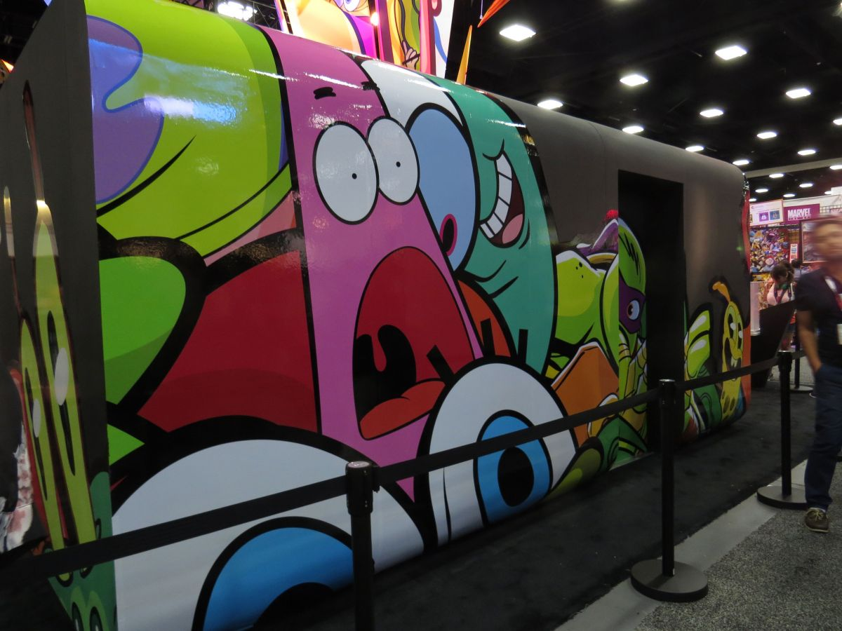 sdcc2015-07-08-nickelodeon-booth-06