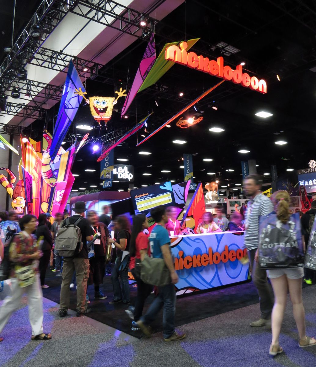 sdcc2015-07-08-nickelodeon-booth-10