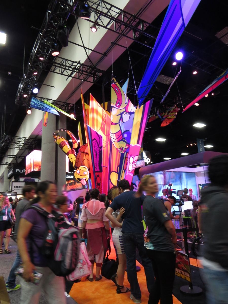 sdcc2015-07-08-nickelodeon-booth-11