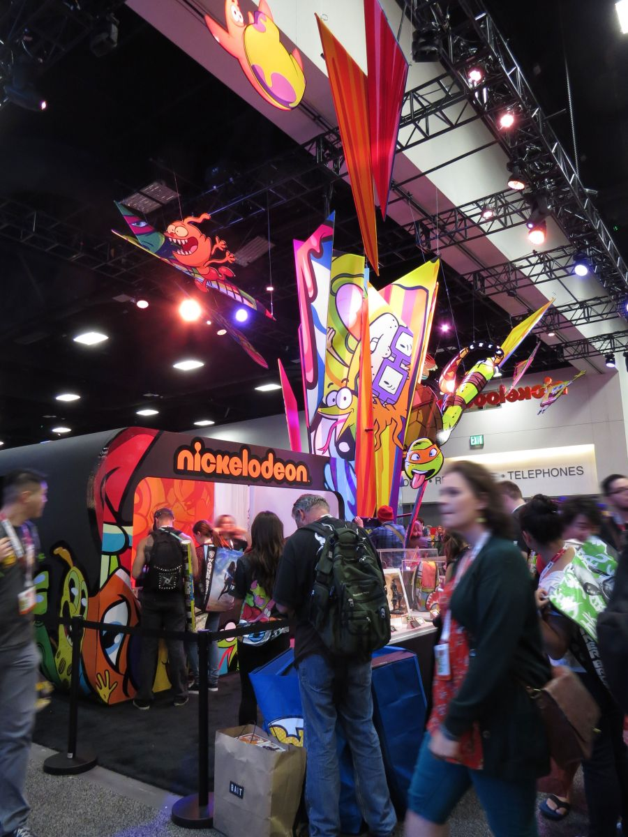 sdcc2015-07-08-nickelodeon-booth-12