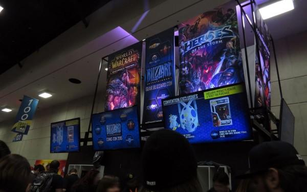 sdcc2015-07-09-blizzard-booth-02