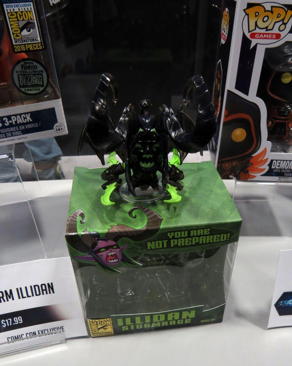 sdcc2015-07-09-blizzard-booth-04