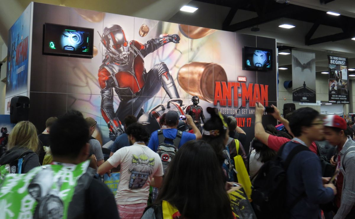 sdcc2015-07-09-marvel-ant-man-booth
