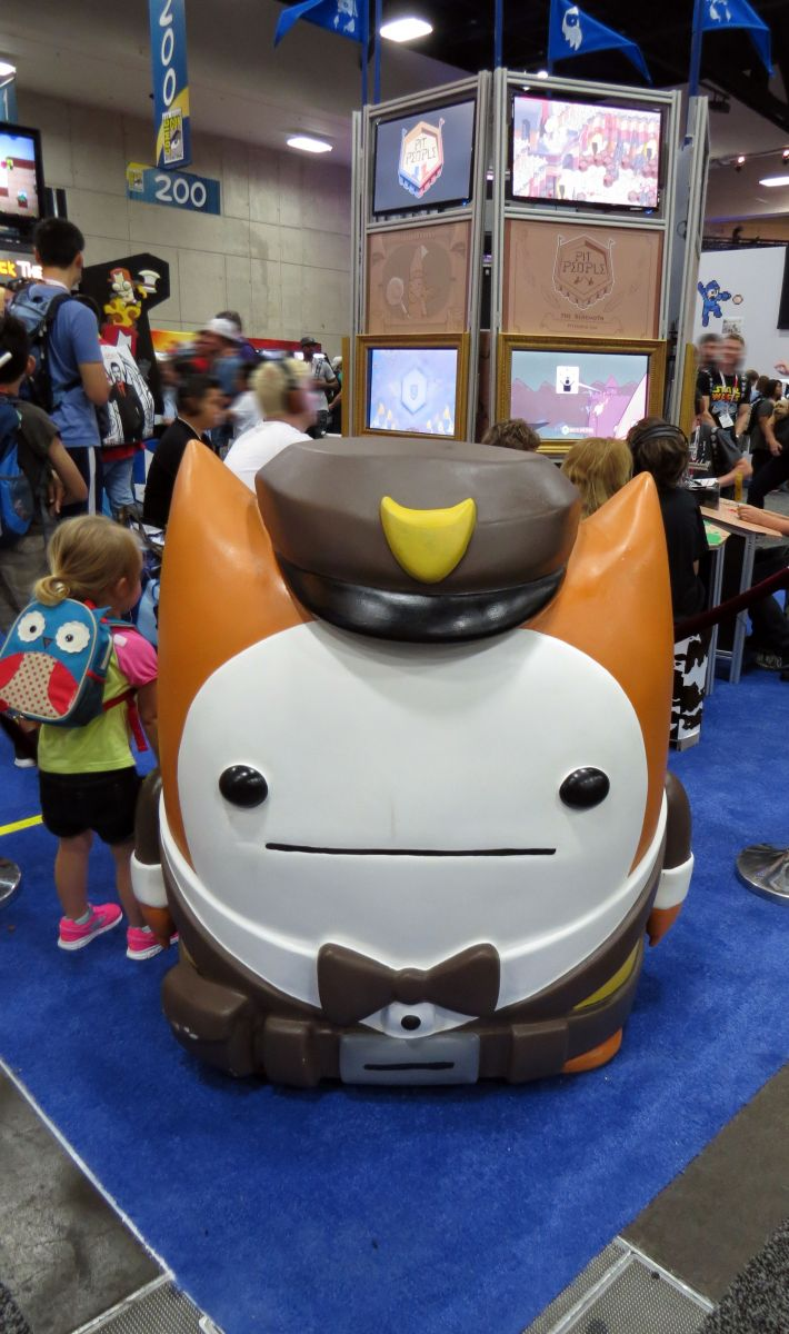 sdcc2015-07-09-the-behemoth-booth-03