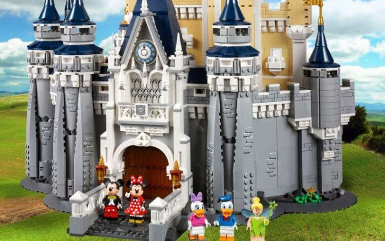 LEGO Disney Castle - Holiday Gift Guide 2016 - Comics & Collectibles